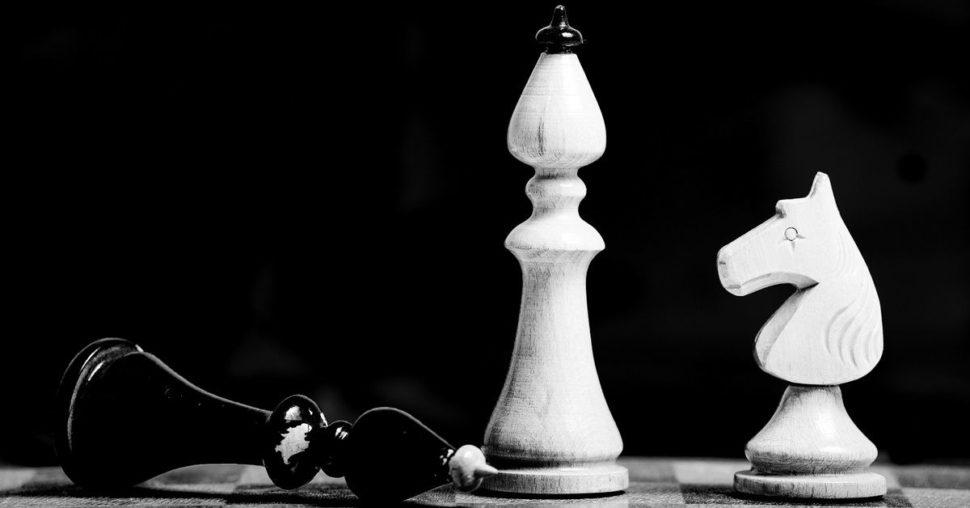 Figúrky na šachovnici