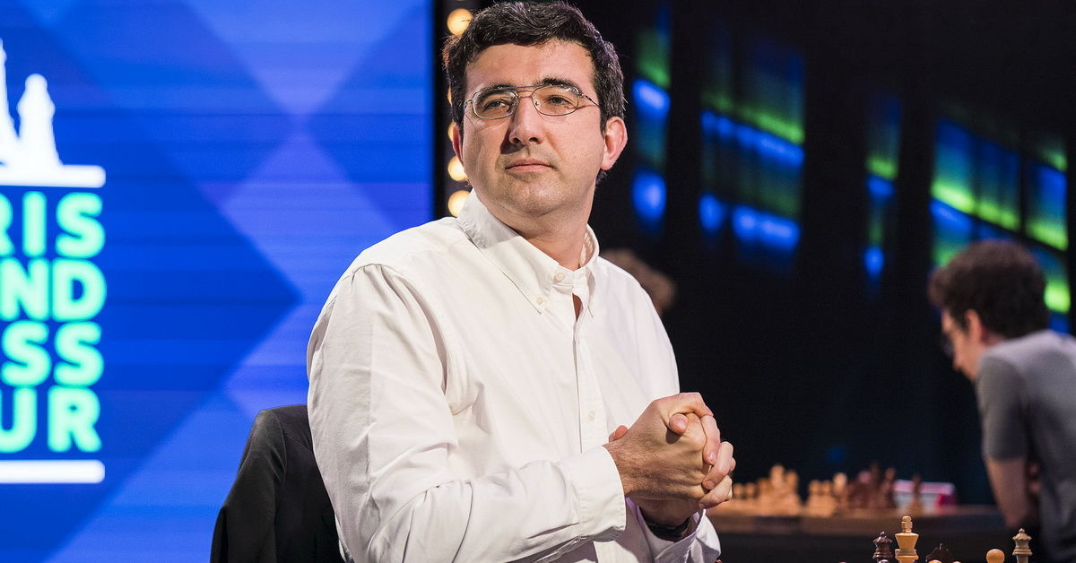 Vladimír Kramnik premýšľa